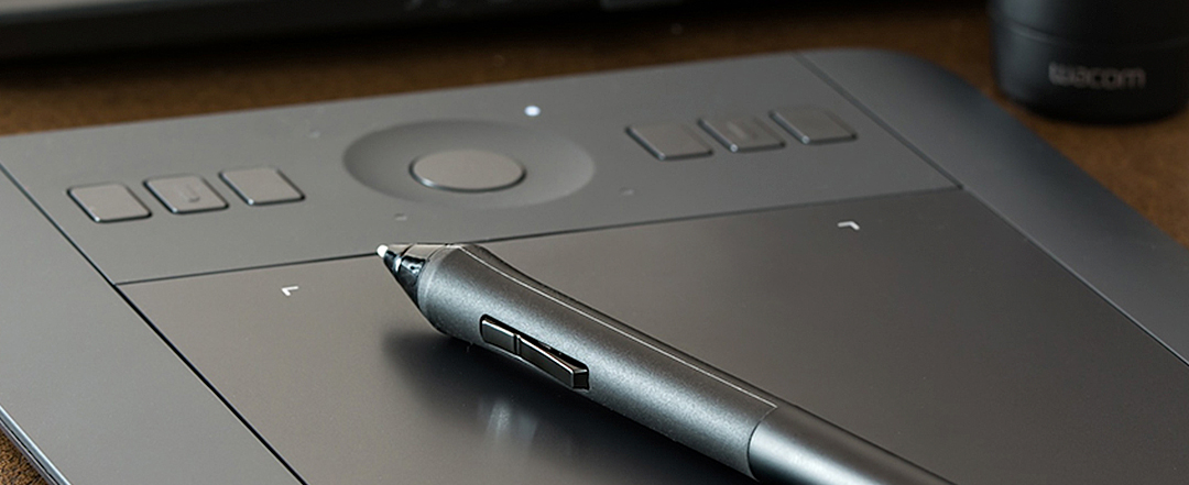 Close up of a pen on a graphics tablet